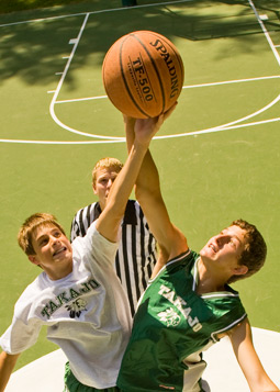Watch your son stretch and grow at the best sports camp for boys in Maine: Takajo!